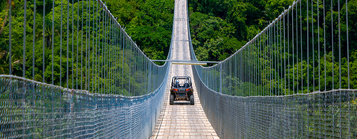 Atravesar el puente el Jorullo