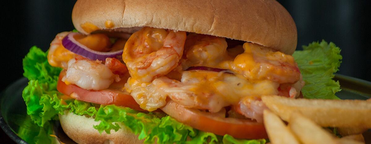 Comer Hamburguesa de camarón