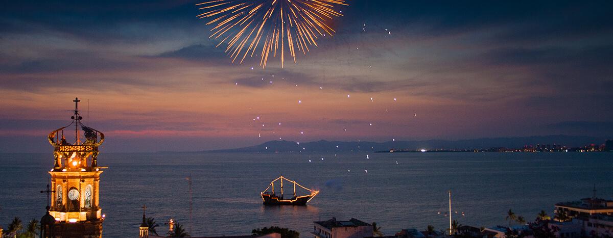 Admirar fuegos artificiales